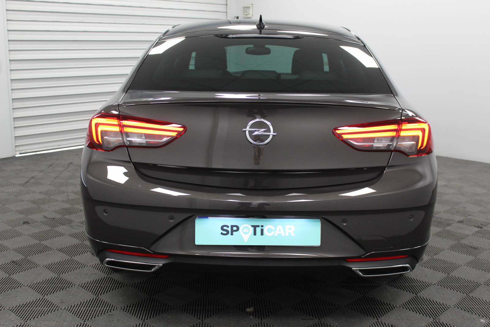 OPEL Insignia Grand Sport 2.0 Diesel 174 ch BVA8 - véhicule d'occasion - Site Internet Faurie - Opel - Faurie Motor Charente Angouleme - 16160 - Gond-Pontouvre - 5