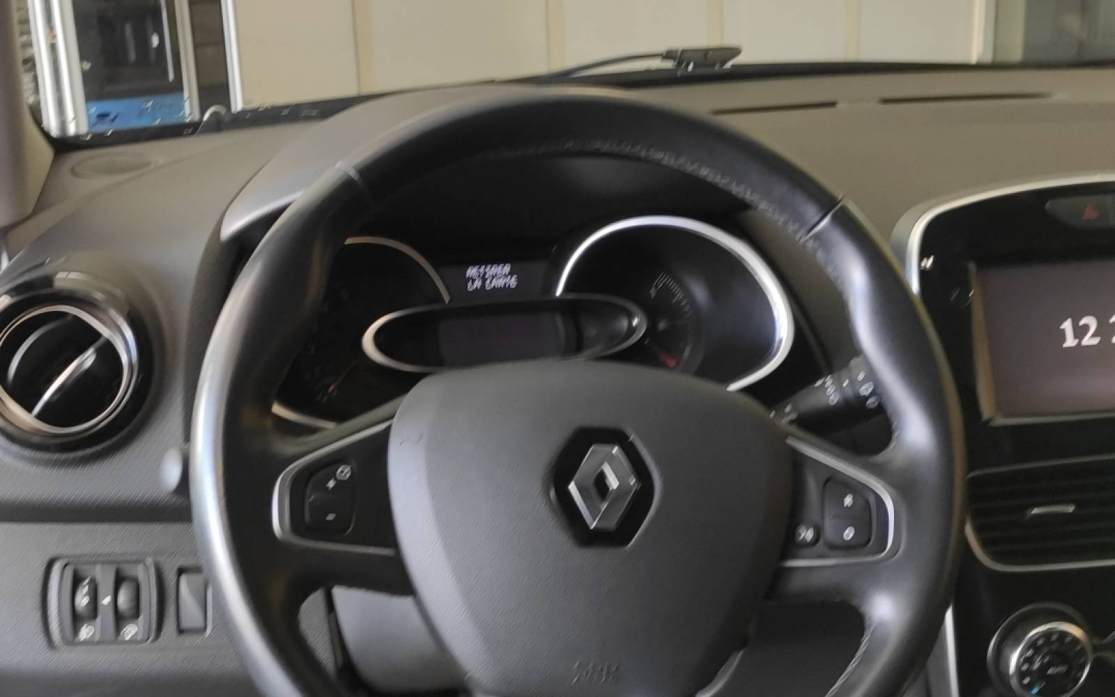 RENAULT Clio TCe 90 Energy - véhicule d'occasion - Site Internet Faurie - Sarda - 24750 - Trelissac - 13