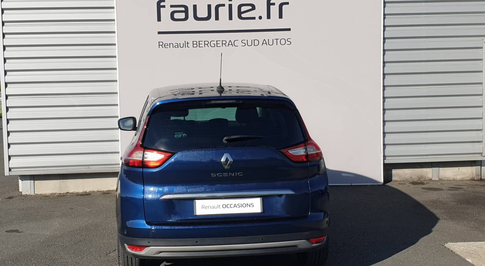 RENAULT Grand Scenic Blue dCi 150 - véhicule d'occasion - Site Internet Faurie - Renault - Faurie Auto Bergerac - 24100 - Bergerac - 6