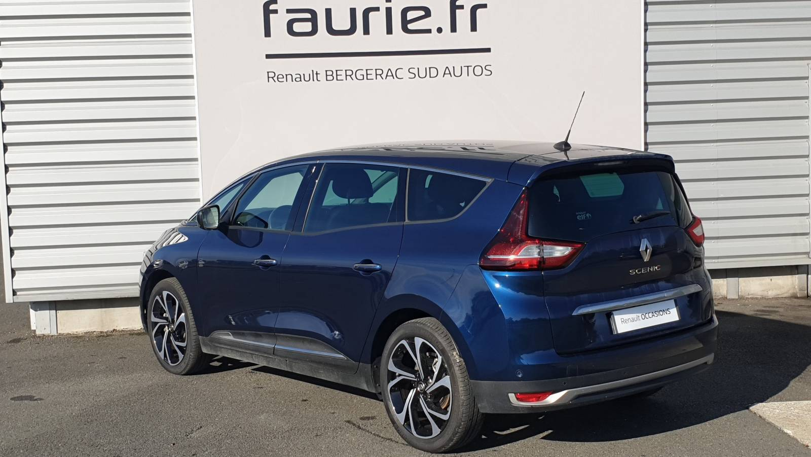 RENAULT Grand Scenic Blue dCi 150 - véhicule d'occasion - Site Internet Faurie - Renault - Faurie Auto Bergerac - 24100 - Bergerac - 8