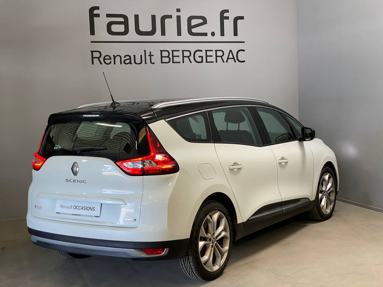 RENAULT Grand Scénic dCi 110 Energy EDC - véhicule d'occasion - Site Internet Faurie - Renault - Faurie Auto Bergerac - 24100 - Bergerac - 5