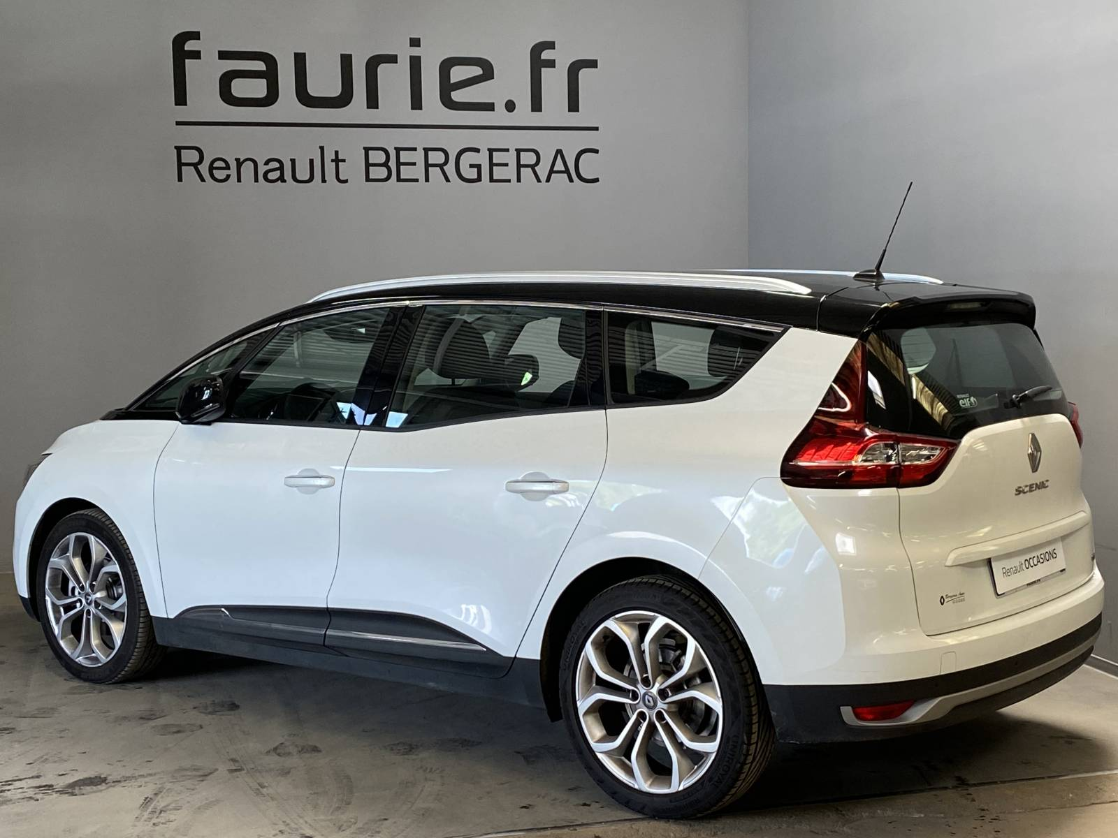 RENAULT Grand Scénic dCi 110 Energy EDC - véhicule d'occasion - Site Internet Faurie - Renault - Faurie Auto Bergerac - 24100 - Bergerac - 8