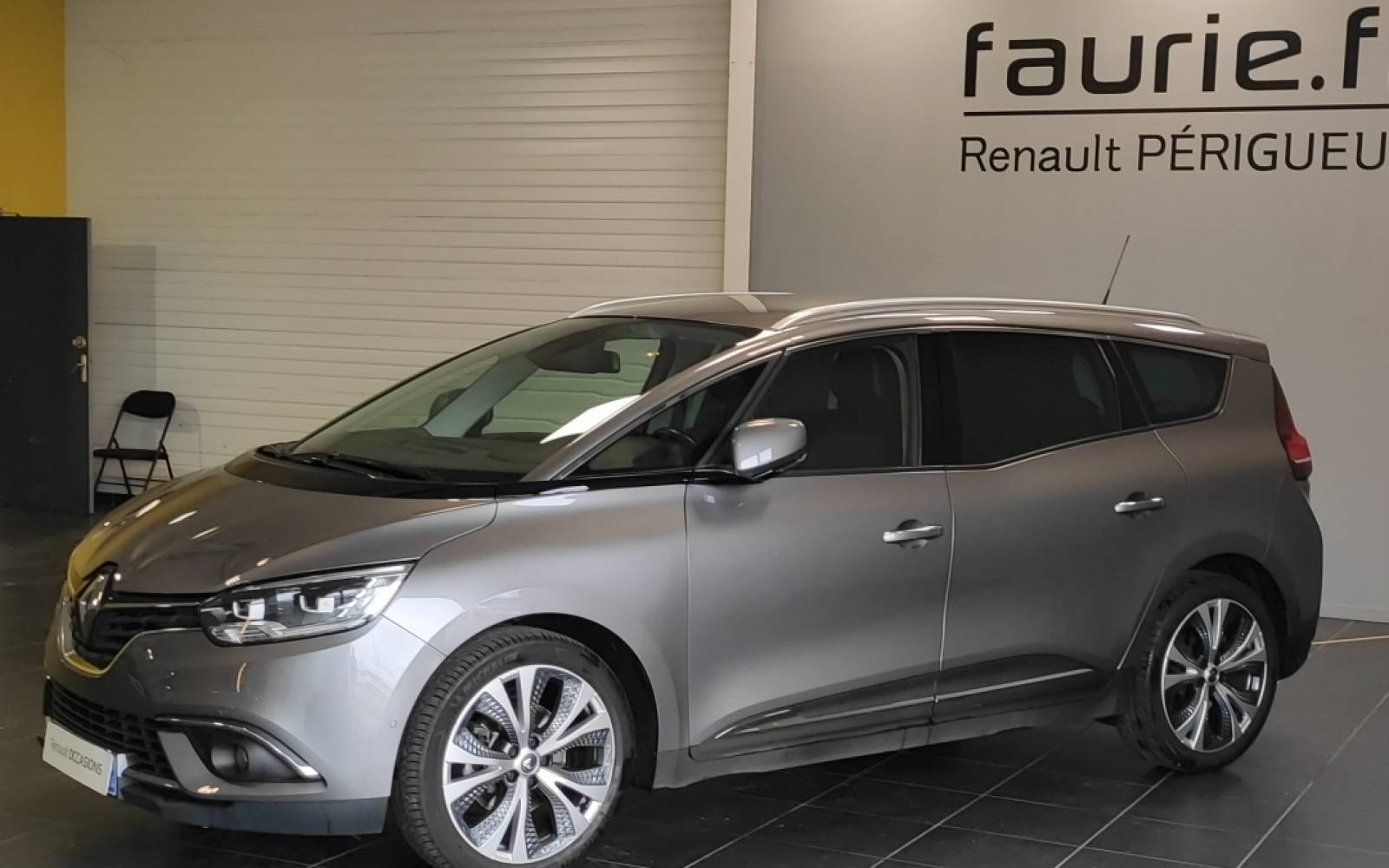 RENAULT Grand Scénic TCe 160 Energy EDC - véhicule d'occasion - Site Internet Faurie - Sarda - 24750 - Trelissac - 1