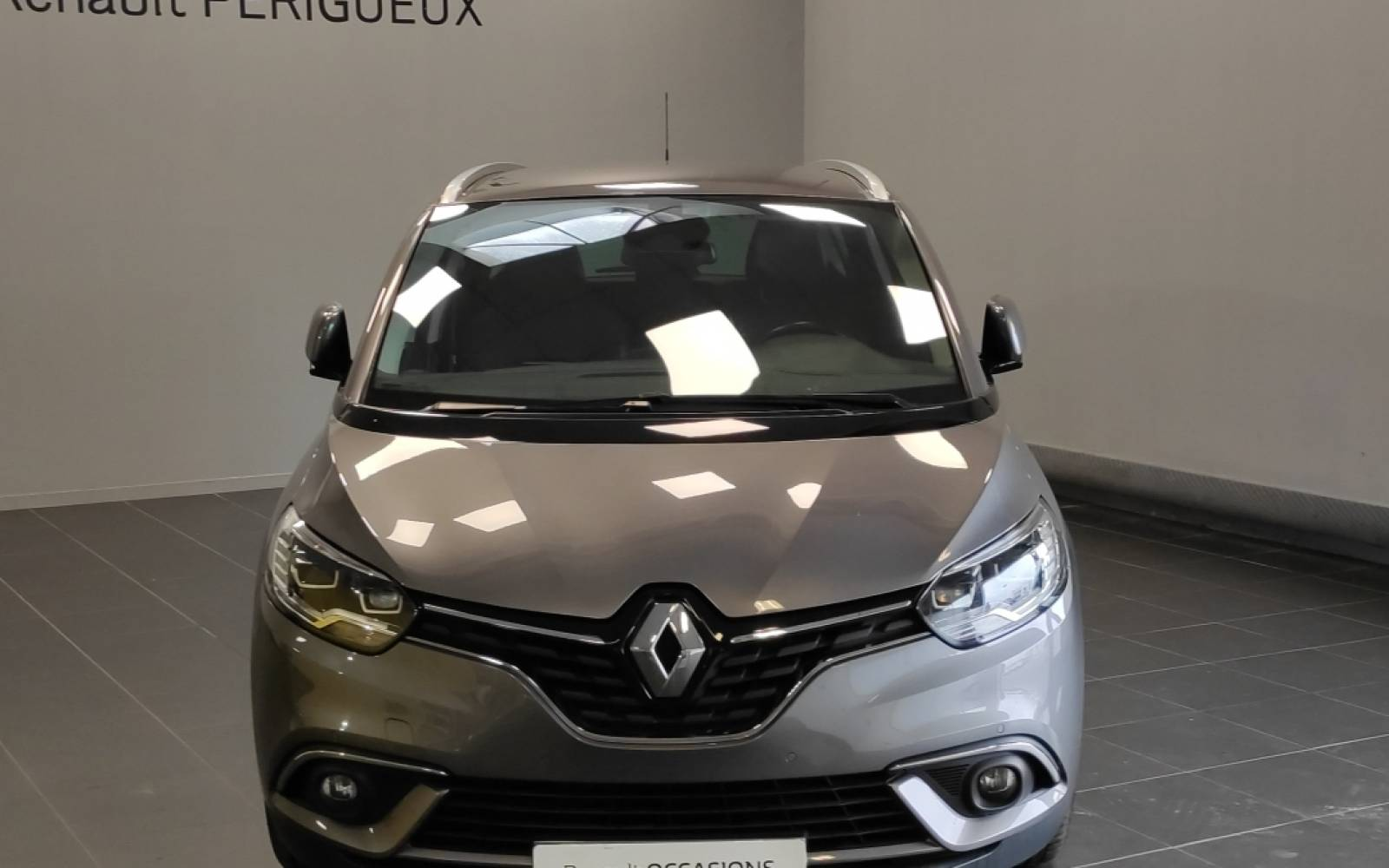 RENAULT Grand Scénic TCe 160 Energy EDC - véhicule d'occasion - Site Internet Faurie - Sarda - 24750 - Trelissac - 2