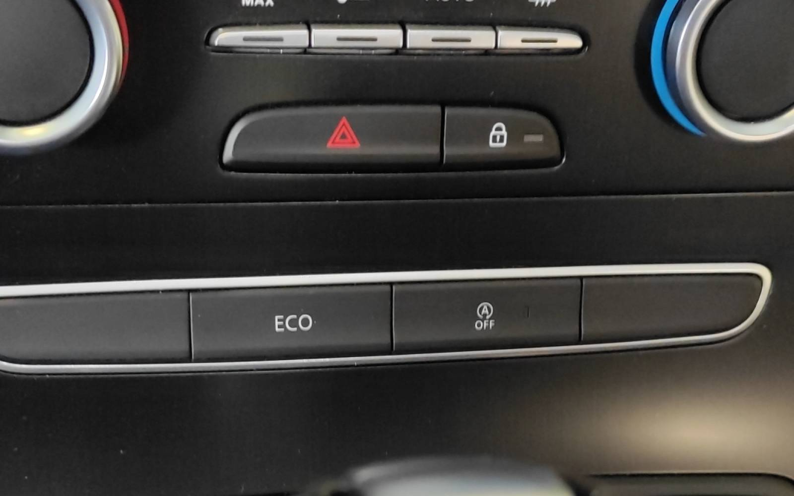 RENAULT Grand Scénic TCe 160 Energy EDC - véhicule d'occasion - Site Internet Faurie - Sarda - 24750 - Trelissac - 28