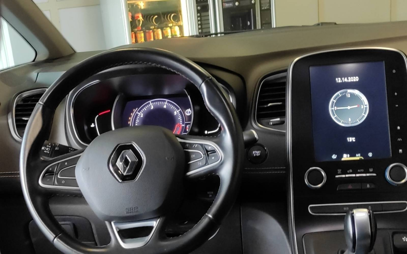 RENAULT Grand Scénic TCe 160 Energy EDC - véhicule d'occasion - Site Internet Faurie - Sarda - 24750 - Trelissac - 10