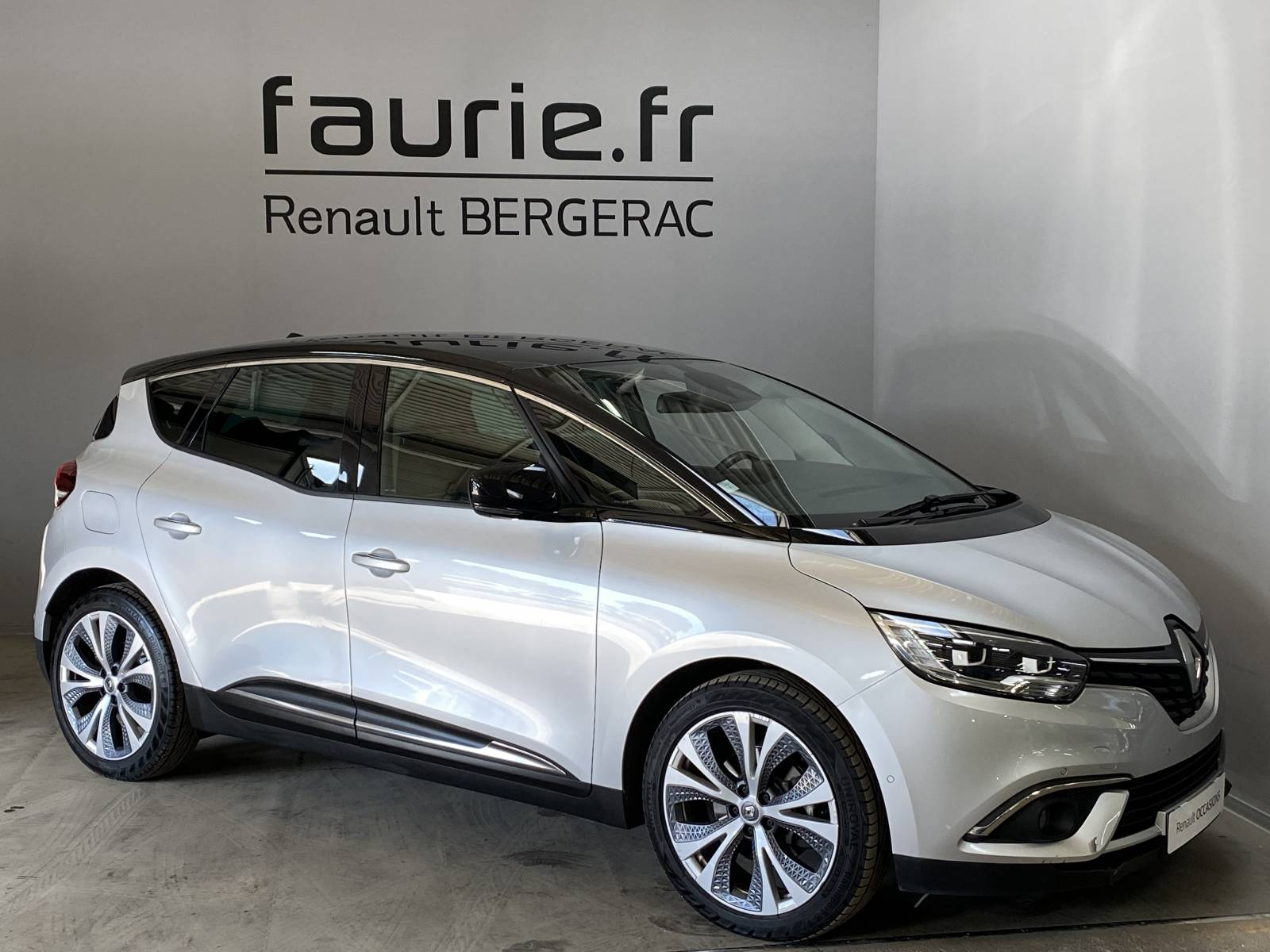 RENAULT Scenic dCi 130 Energy - véhicule d'occasion - Site Internet Faurie - Renault - Faurie Auto Bergerac - 24100 - Bergerac - 3