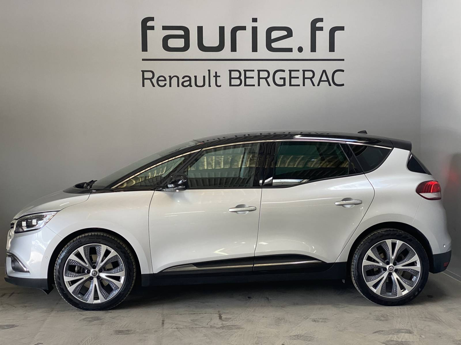 RENAULT Scenic dCi 130 Energy - véhicule d'occasion - Site Internet Faurie - Renault - Faurie Auto Bergerac - 24100 - Bergerac - 9