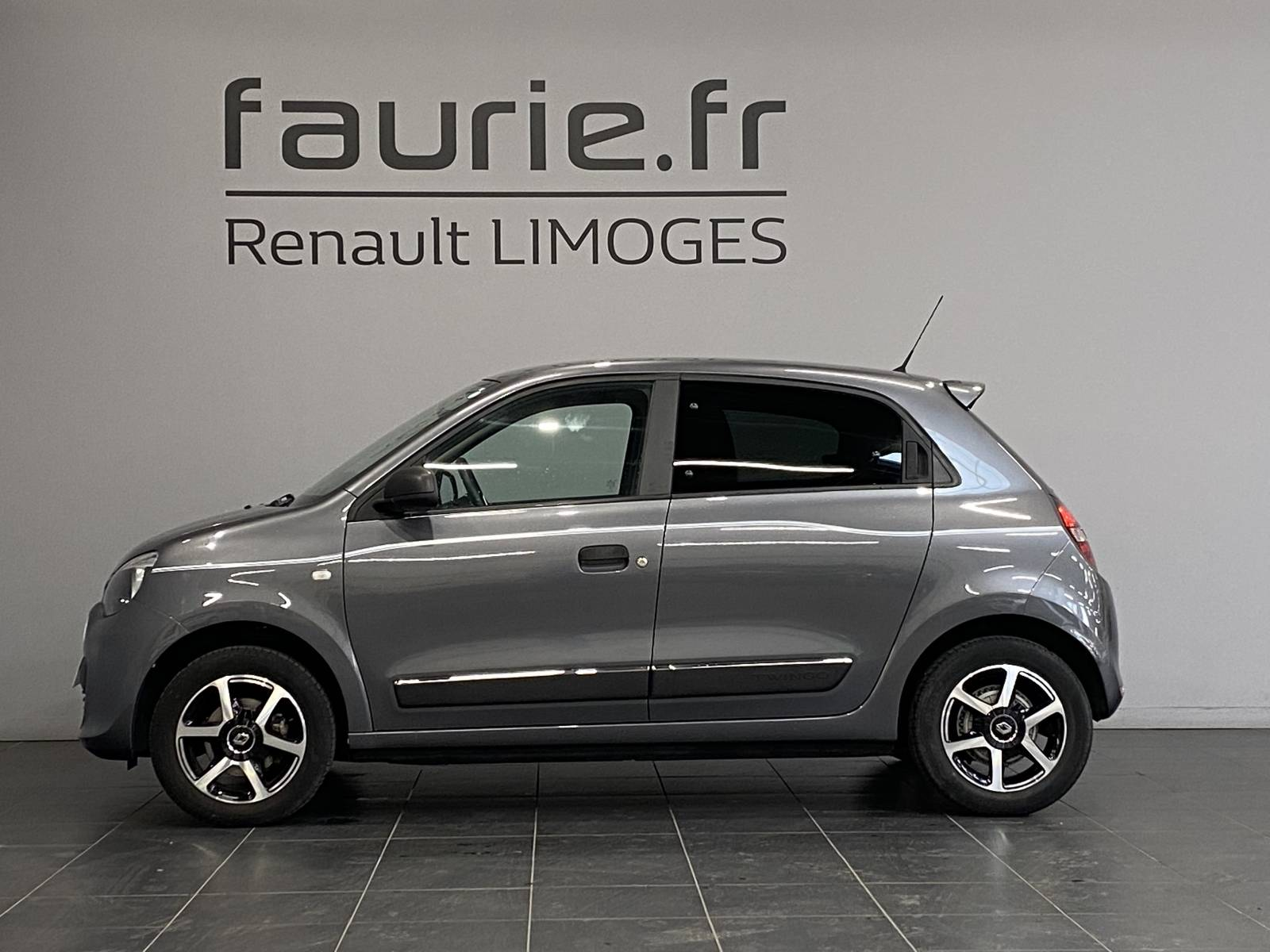 RENAULT Twingo III 0.9 TCe 90 Energy E6C - véhicule d'occasion - Site Internet Faurie - Renault - Faurie Auto Limoges - 87000 - Limoges - 4