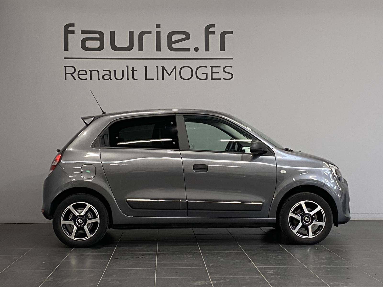 RENAULT Twingo III 0.9 TCe 90 Energy E6C - véhicule d'occasion - Site Internet Faurie - Renault - Faurie Auto Limoges - 87000 - Limoges - 5