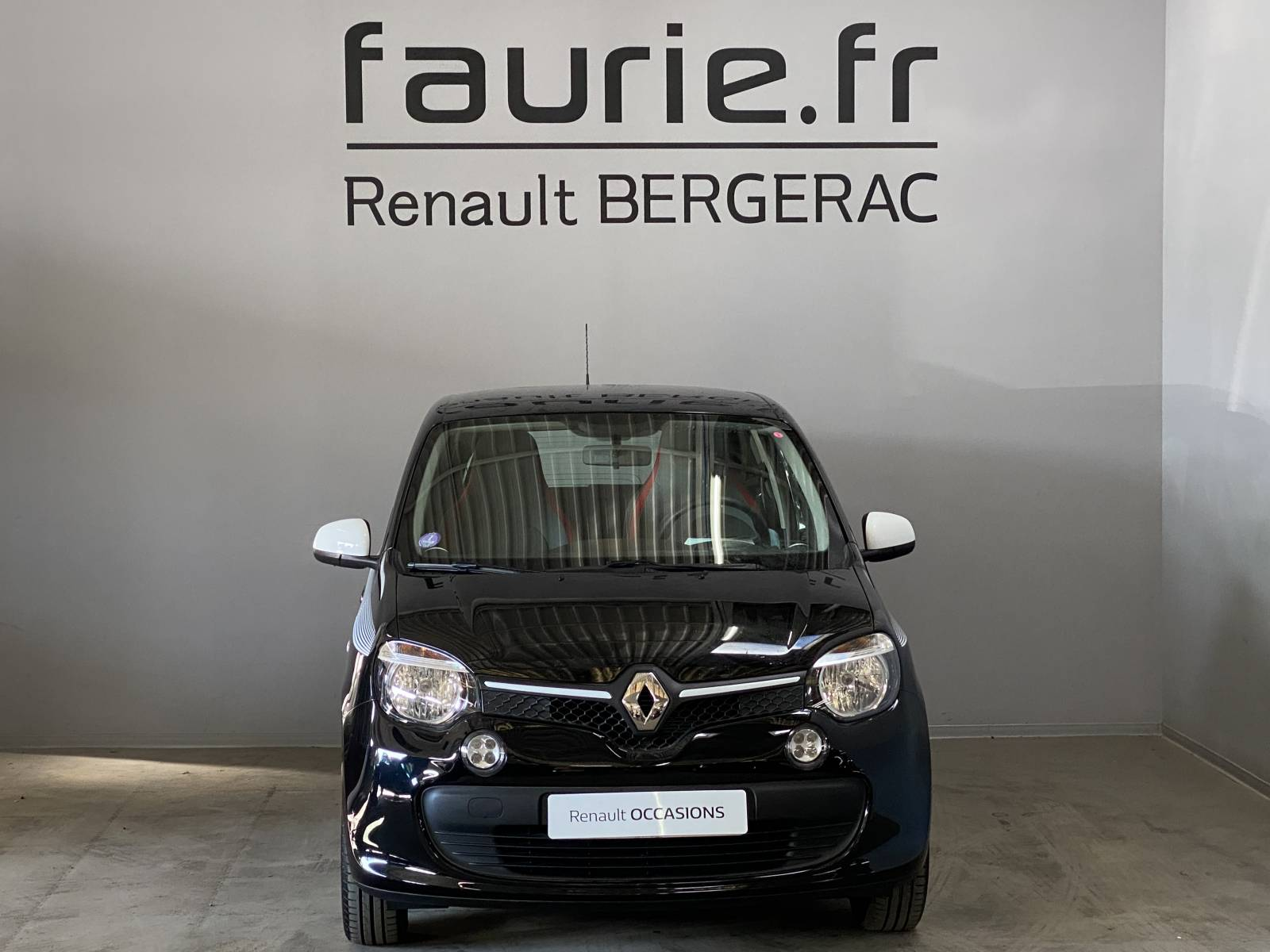 RENAULT Twingo III 0.9 TCe 90 Energy - véhicule d'occasion - Site Internet Faurie - Renault - Faurie Auto Bergerac - 24100 - Bergerac - 2
