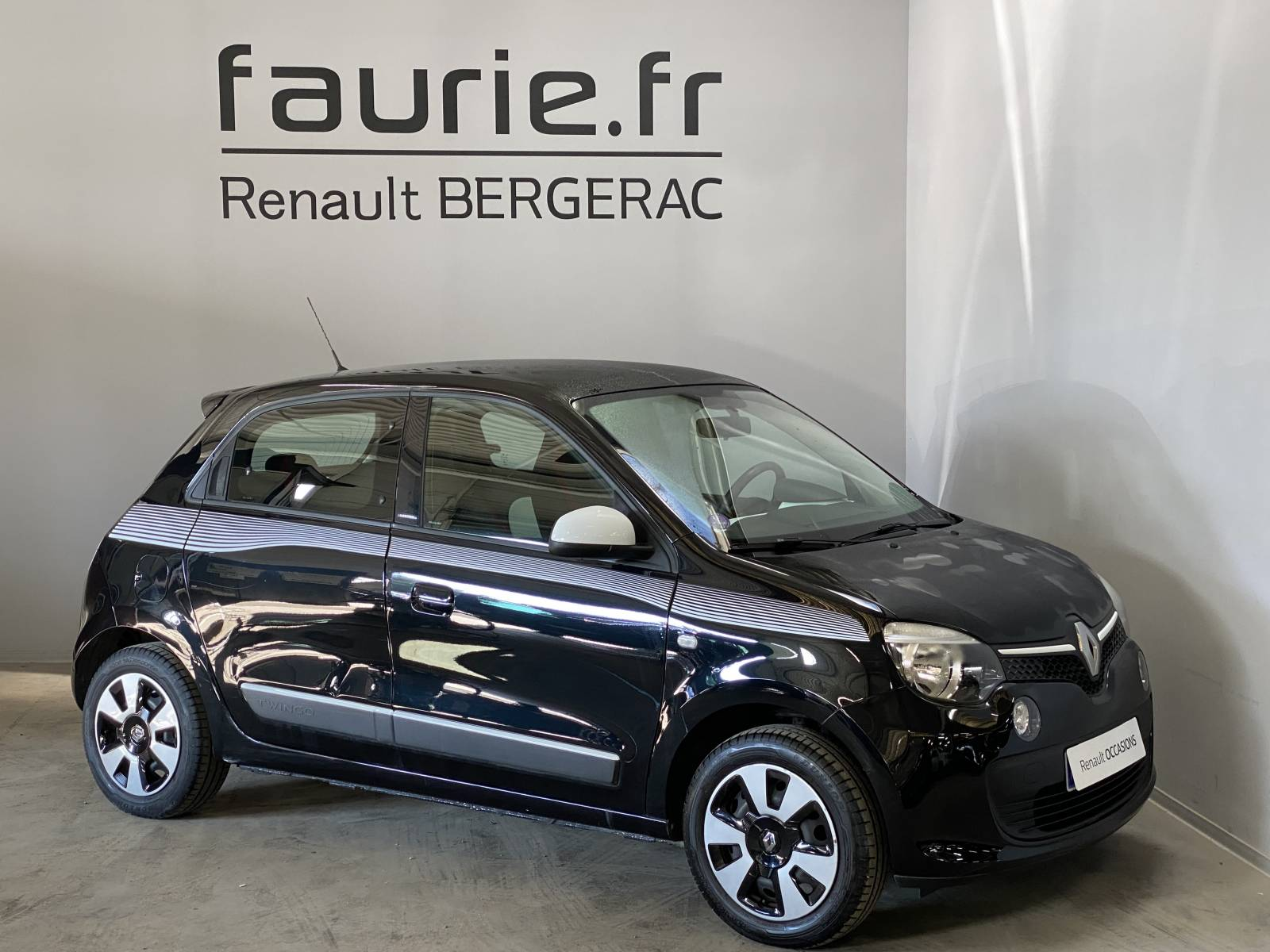 RENAULT Twingo III 0.9 TCe 90 Energy - véhicule d'occasion - Site Internet Faurie - Renault - Faurie Auto Bergerac - 24100 - Bergerac - 3