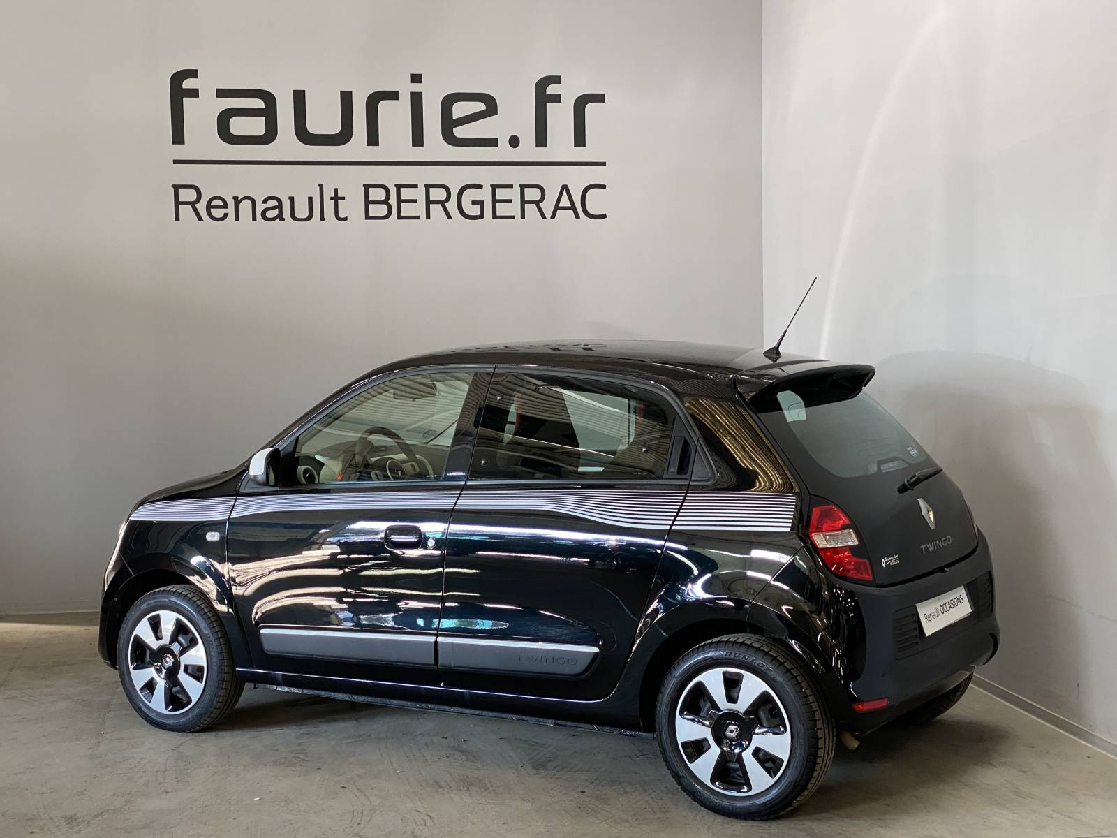 RENAULT Twingo III 0.9 TCe 90 Energy - véhicule d'occasion - Site Internet Faurie - Renault - Faurie Auto Bergerac - 24100 - Bergerac - 8