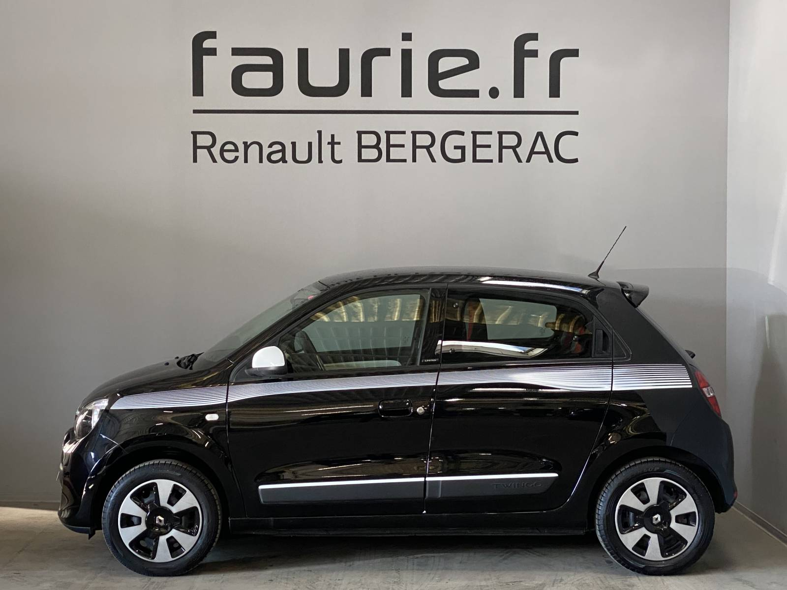 RENAULT Twingo III 0.9 TCe 90 Energy - véhicule d'occasion - Site Internet Faurie - Renault - Faurie Auto Bergerac - 24100 - Bergerac - 9